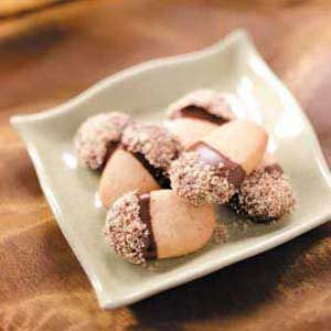 Chocolate Nut Acorns