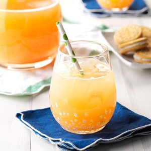 Santa's Orange-Kissed Cocktail