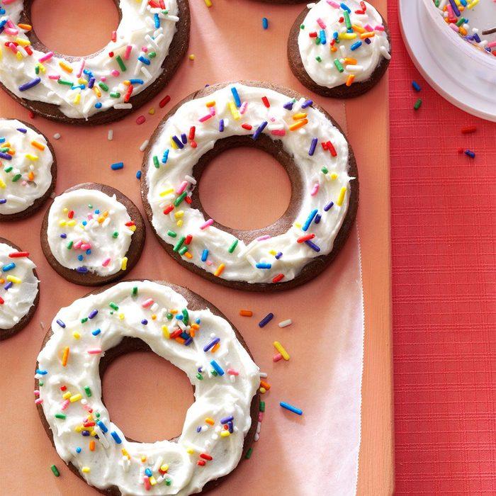 Spiced Molasses Doughnut Cookies