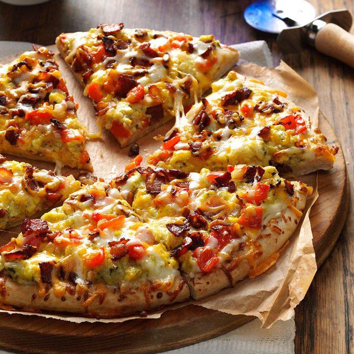 Bacon & Eggs Pizza