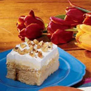 Creamy Pineapple Cake