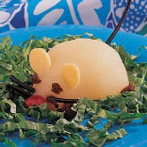 Mousy Pear Salad