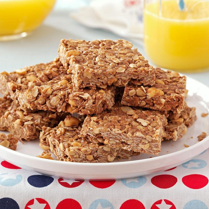 Chocolate-Peanut Granola Bars