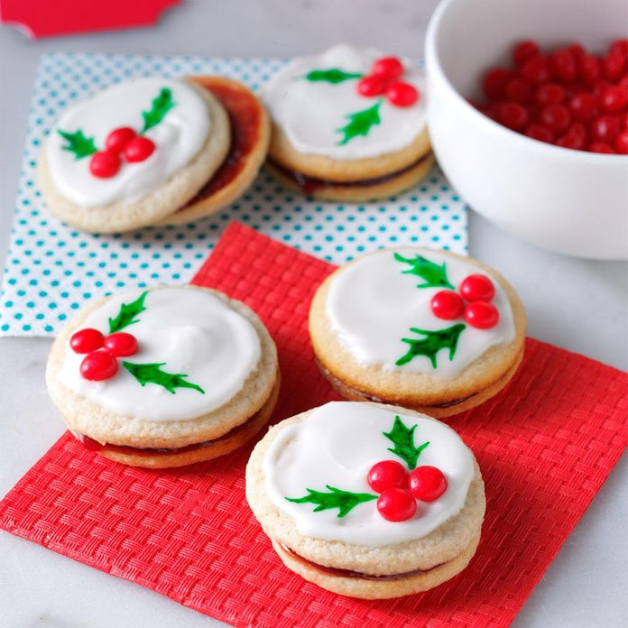 Delaware: Holly Berry Cookies