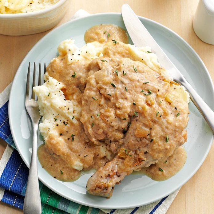 Chicken with Apple-Chardonnay Gravy