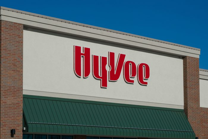 Hy-Vee grocery store exterior and logo