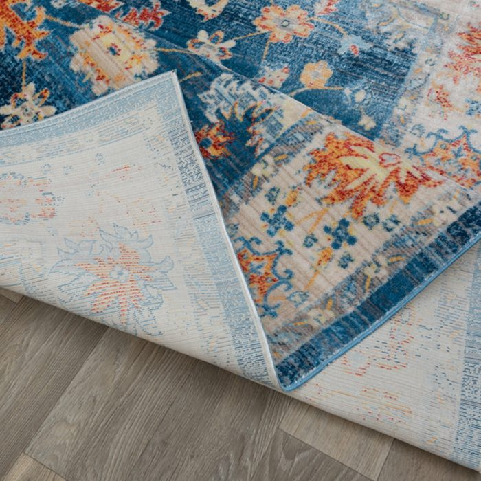 Special Rug, Carpet, Seat on the Carpet ; Shutterstock ID 1099592000; Job (TFH, TOH, RD, BNB, CWM, CM): TOH