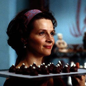 No Merchandising. Editorial Use Only. No Book Cover Usage. Mandatory Credit: Photo by Moviestore/REX/Shutterstock (1539506a) Chocolat, Juliette Binoche Film and Television
