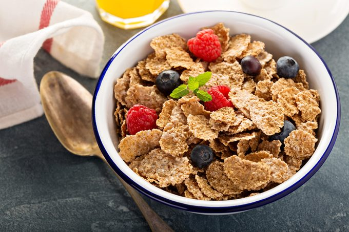 Multigrain wholewheat healthy cereals with fresh berry for breakfast