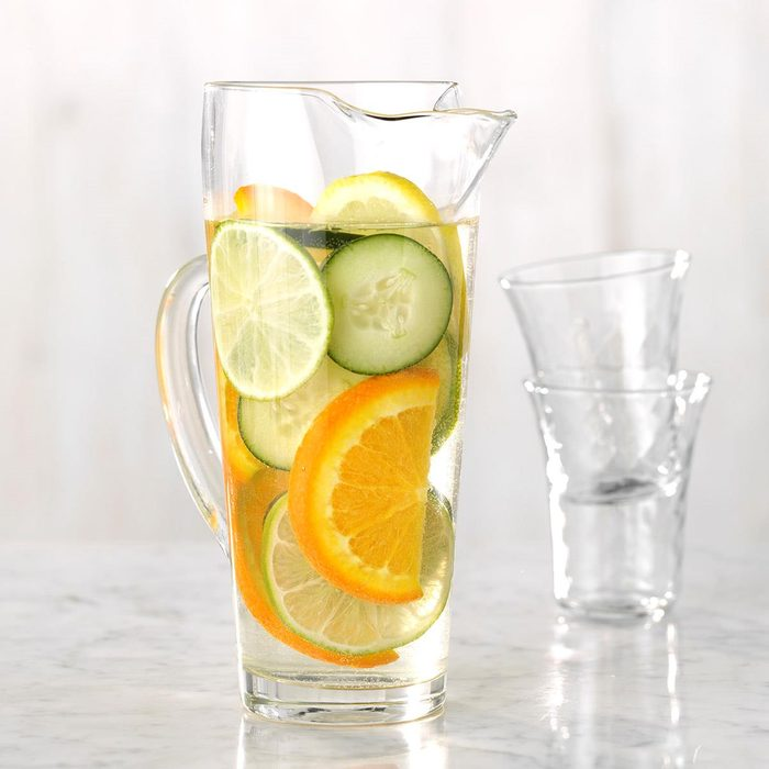 Citrus And Cucumber Infused Water Exps Jmz18 224885 C03 07 6b 7