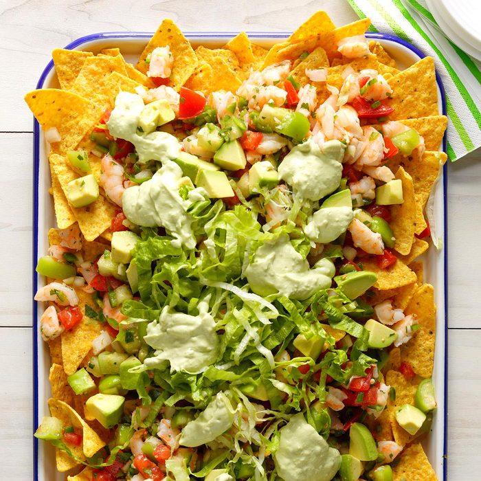 Fresh Shrimp And Avocado Nachos Exps Sdjj18 214141 B02 15 2b 8