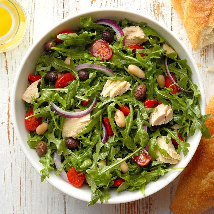 Herbed Tuna And White Bean Salad Exps Sdjj18 199950 B02 09 3b 2