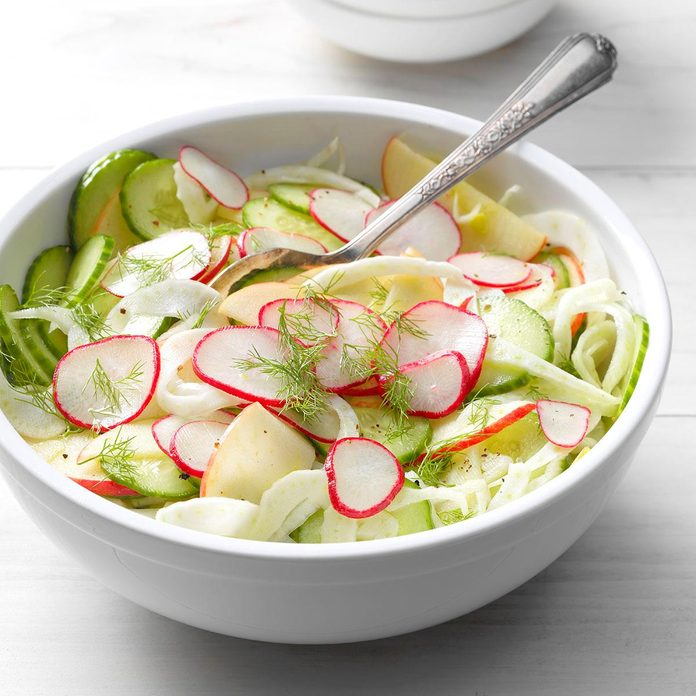 Shaved Fennel Salad Exps Sdjj18 213668 B02 14 7b 3