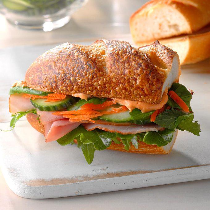 Spicy Asian Ham Sandwiches Exps Sdjj18 108357 D02 09 4b 3