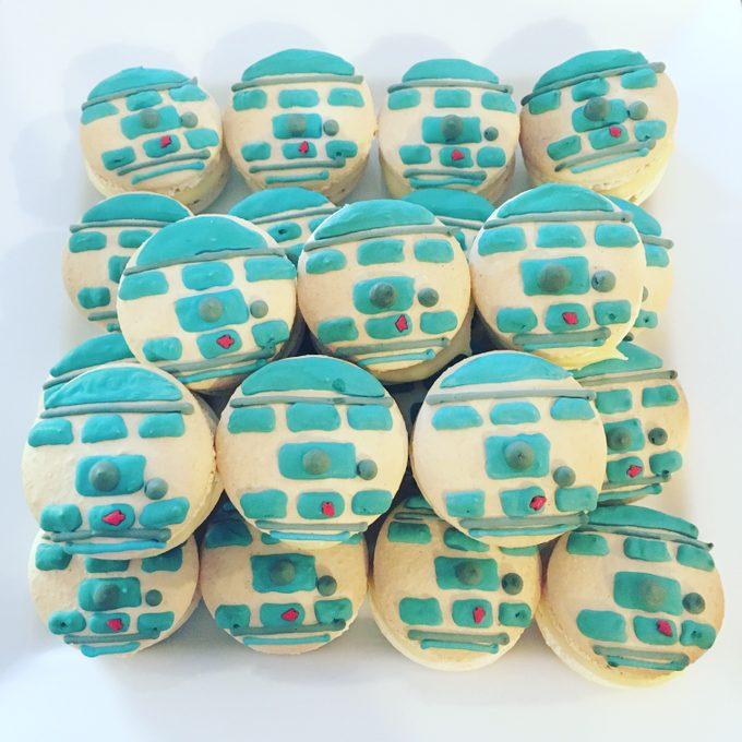 R2D2 Macarons
