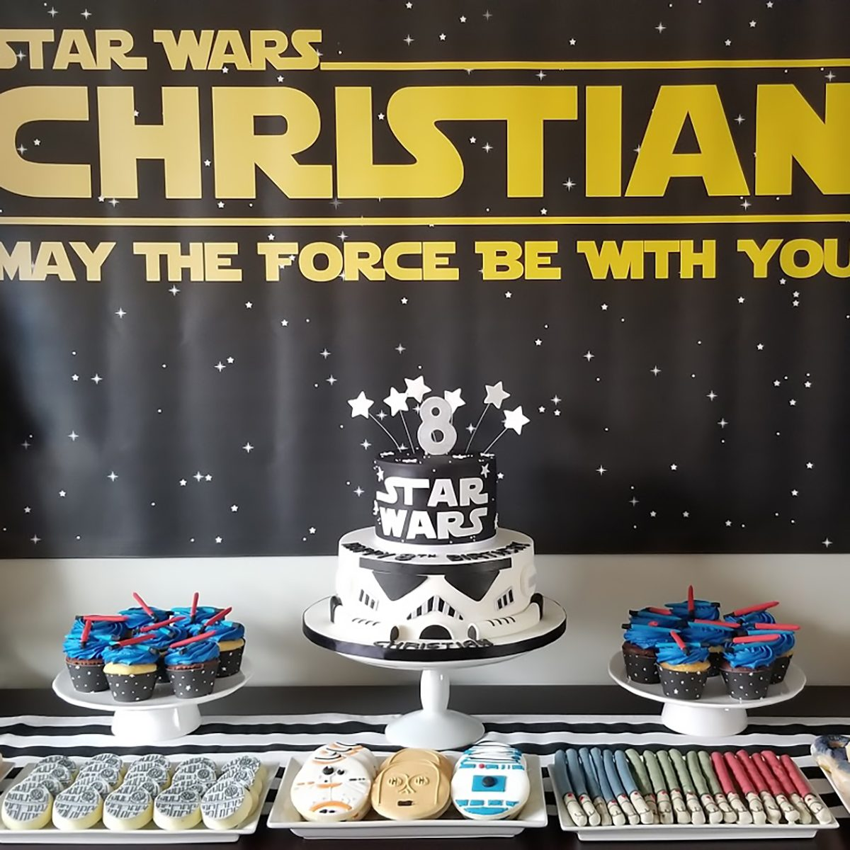 Star Wars Birthday Party desert table idea