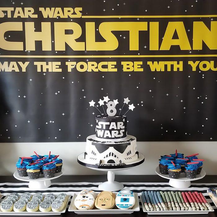 Star Wars Birthday Party desert table idea