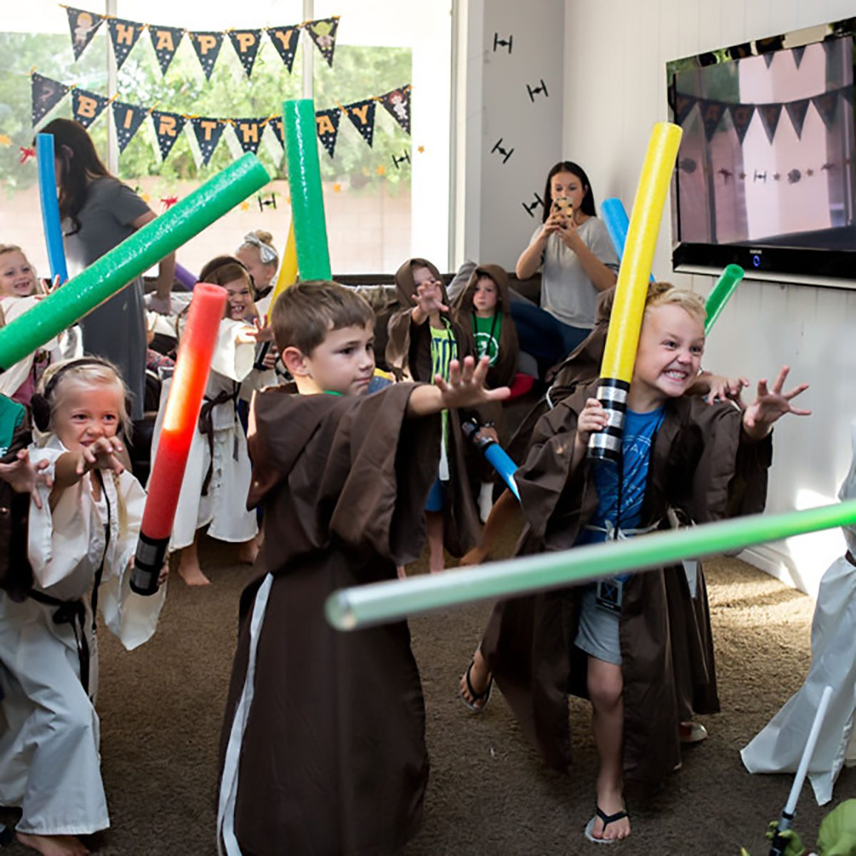 Star Wars Birthday Party lightsaber fight idea