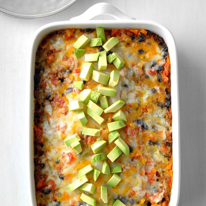 Cheesy Fiesta Beef Casserole Exps Sdas18 218105 D03 28  2b 4