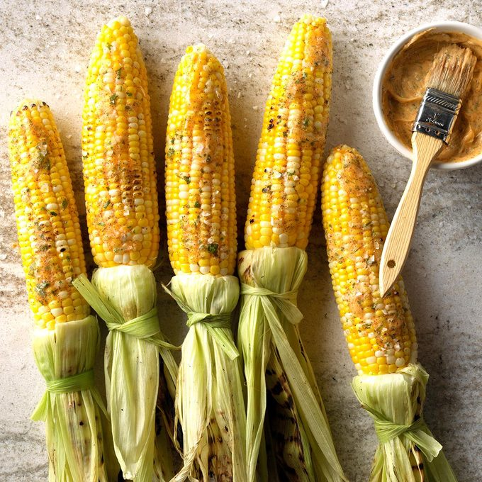 Easy Grilled Corn With Chipotle Lime Butter Exps Sdas18 227475 C04 04  5b 11