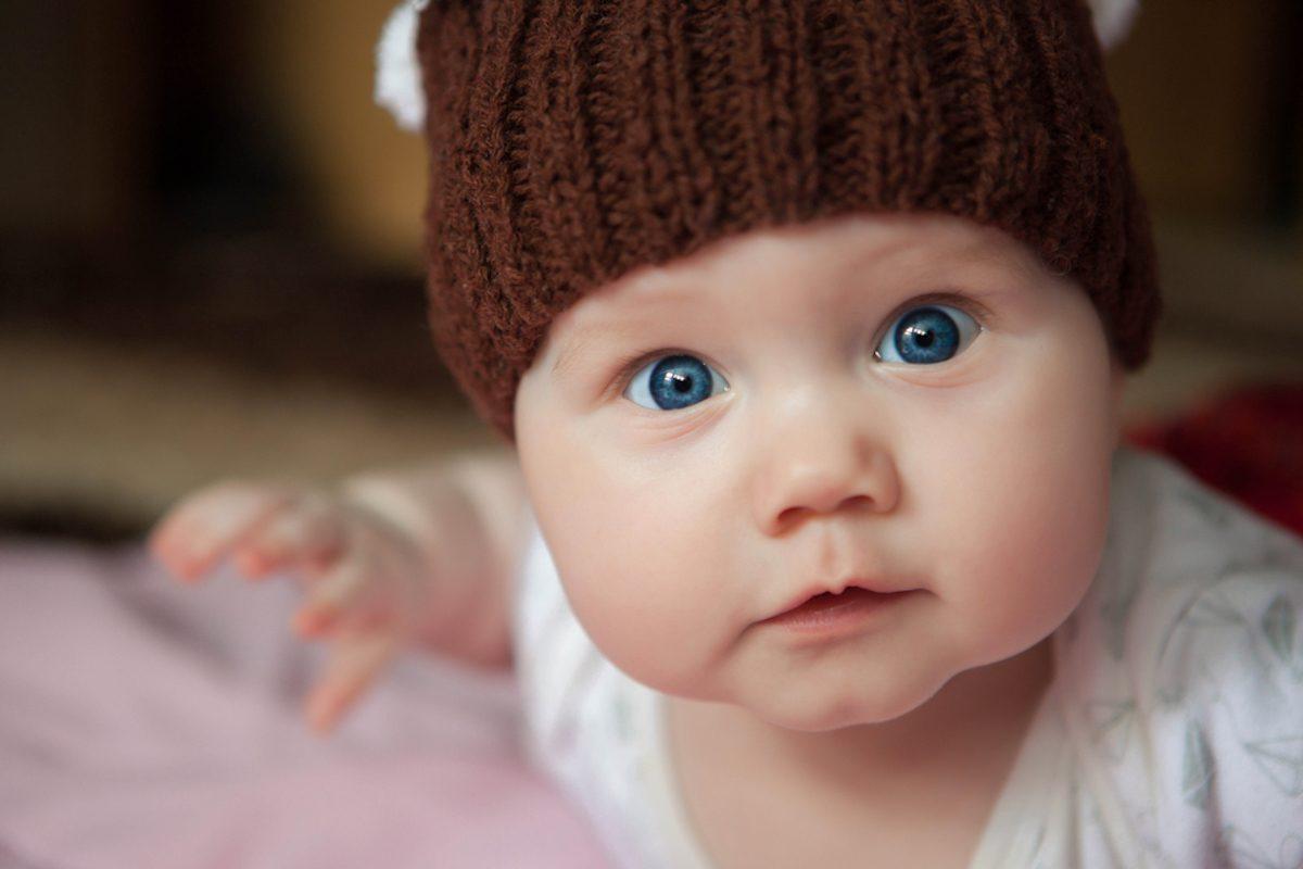 portrait , baby hat, close-up portrait , baby photos