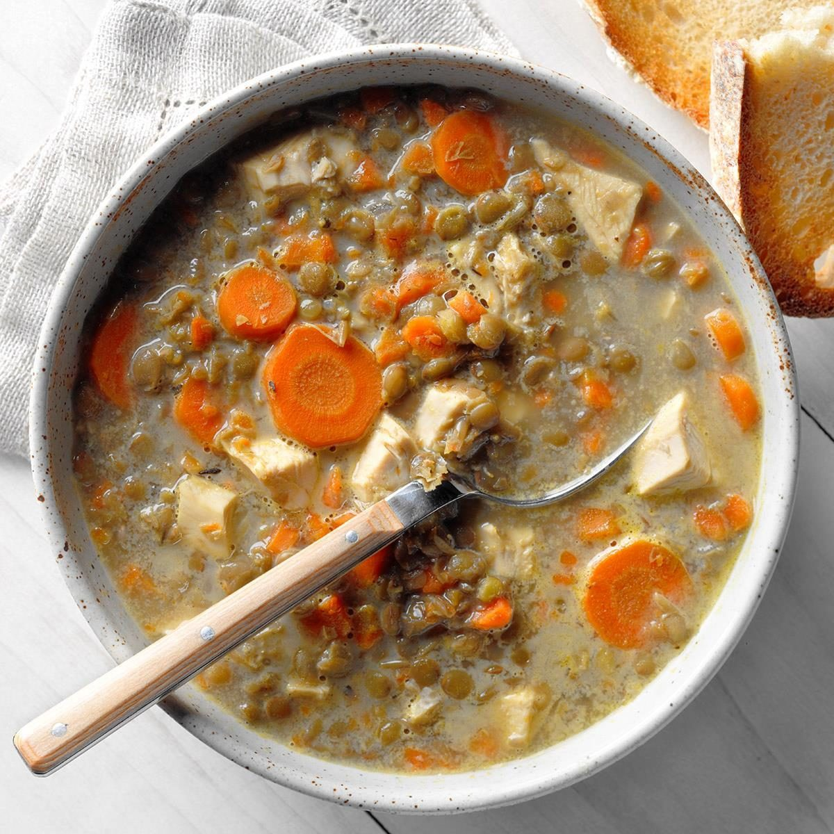 French Lentil And Carrot Soup Exps Thso18 219374 B04 19 8b 4