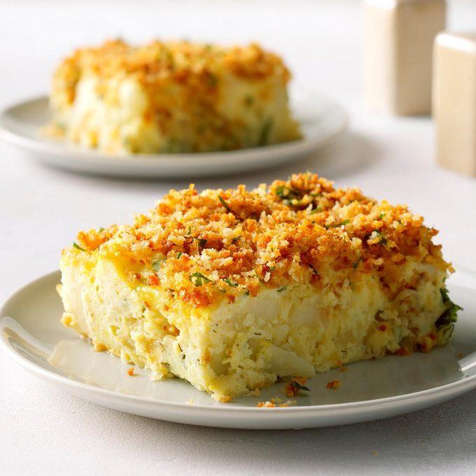 Creamy Cauliflower Kugel Exps Thn18 221346 B06 07 6b 5