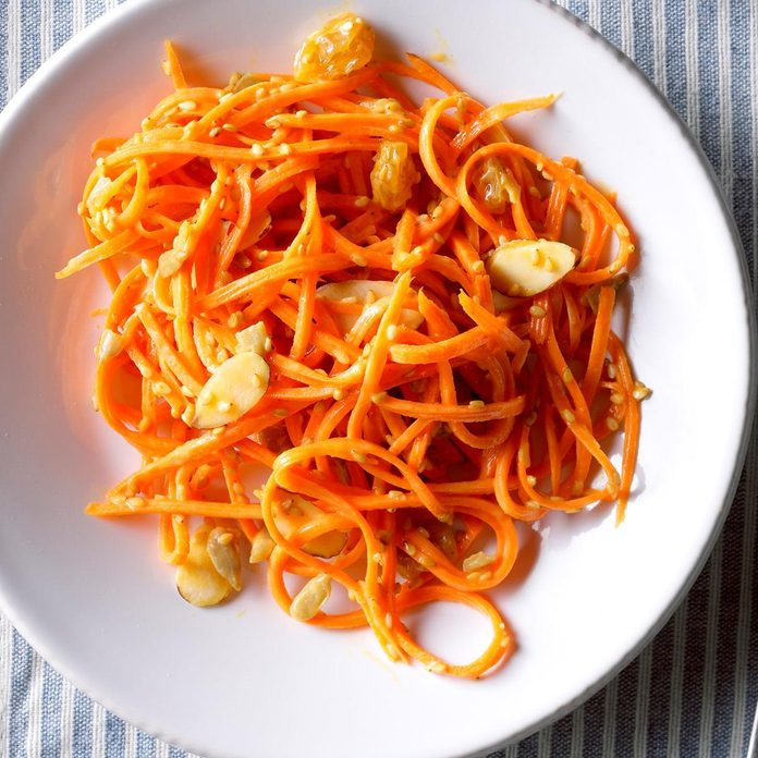 Sesame Sunflower Carrot Salad  Exps Thn18 221172 B06 07 1b 2