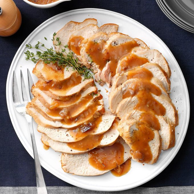Slow Cooker Turkey Breast With Cranberry Gravy Exps Thn18 221617 D05 30 4b 8