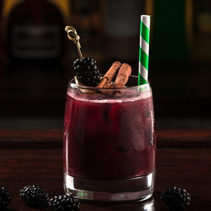 blackberry cocktail; Shutterstock ID 317266778; Job (TFH, TOH, RD, BNB, CWM, CM): Taste of Home