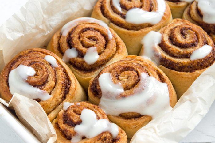 Cinnamon rolls or cinnabons with cream sauce
