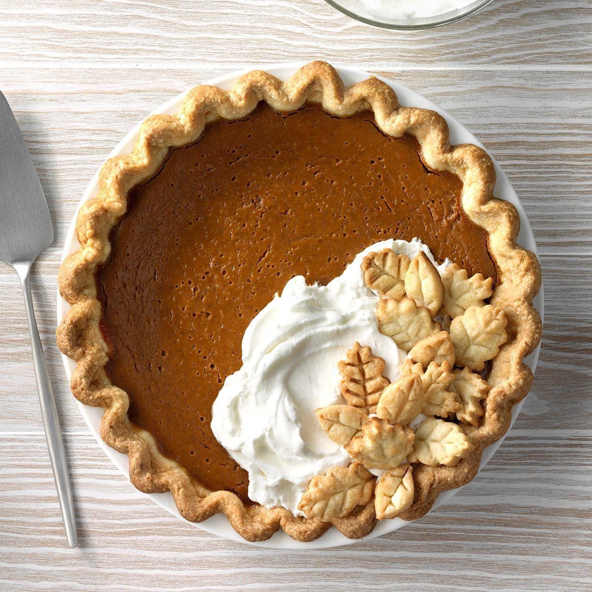 Minnesota: Gingerbread-Spiced Pumpkin Pie