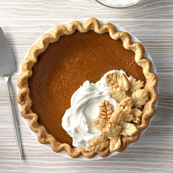 Gingerbread Spiced Pumpkin Pie Exps Sddj19 123630 C07 18 5b