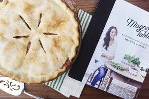 We Tried Joanna Gaines' Dulce de Leche Apple Pie