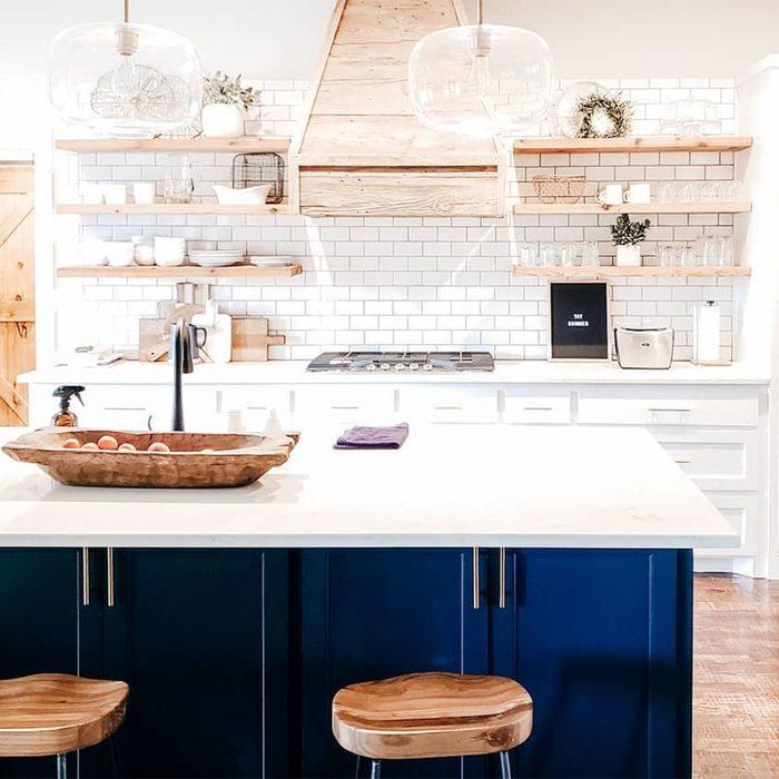 Scorpio kitchen