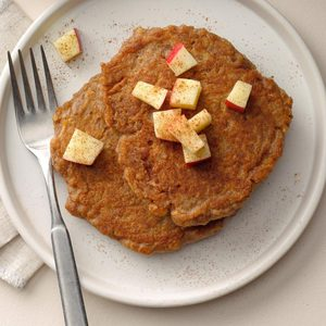 Apple-Cinnamon Quinoa Pancakes