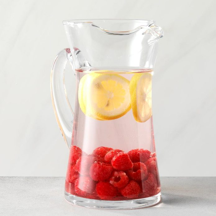 Raspberry And Lemon Infused Water Exps Thfm19 233671 C09 27 3b 3