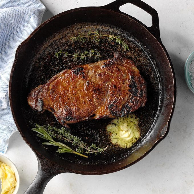 Cast Iron Skillet Steak Exps Cimz19 235746 B01 15 10b 6