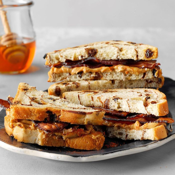 Sweet And Spicy Peanut Butter Bacon Sandwiches Exps Tham19 233492 B11 09 1b 3