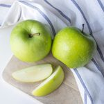 9 Apple Benefits for Your Health and Beauty