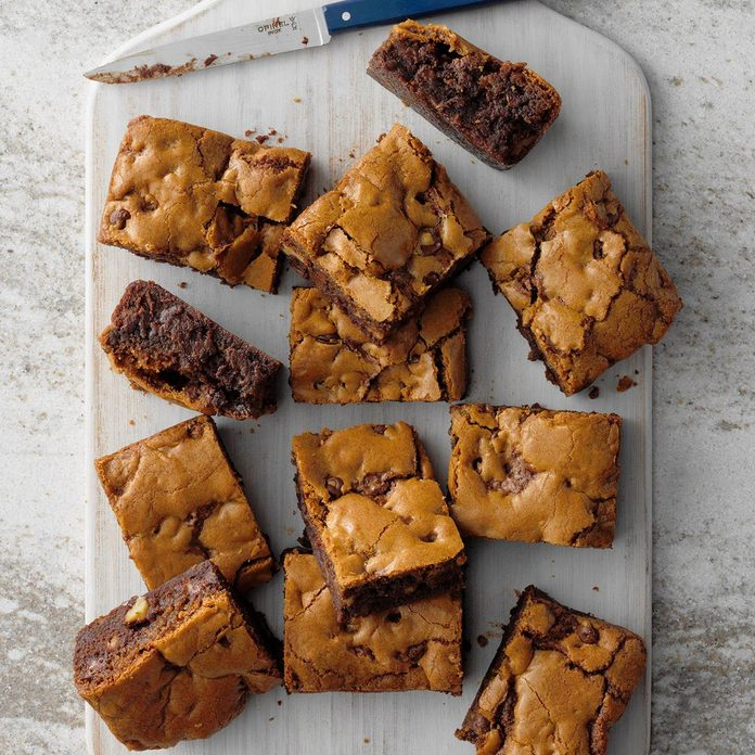 Chocolate Chip Cookie Brownies Exps Toh.com19 172348 E05 30 1b 4