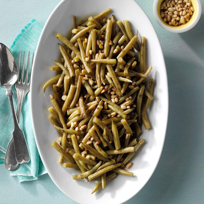 Oregano Green Beans With Toasted Pine Nuts Exps Sdjj19 107152 E02 07 3b 2