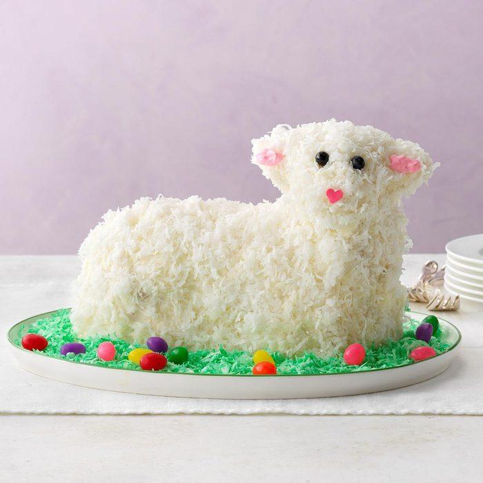 Easter Lamb Cake Exps Diyd19 172378 E03 20 1b 17