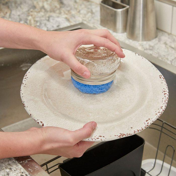 DIY Mason Jar Dish Scrubber