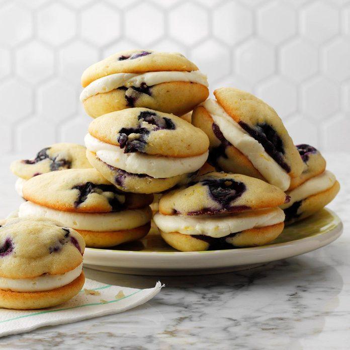 Lemon Blueberry Whoopie Pies Exps Thjj19 231973 E02 19 7b 5