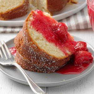 Lemon Rhubarb Tube Cake