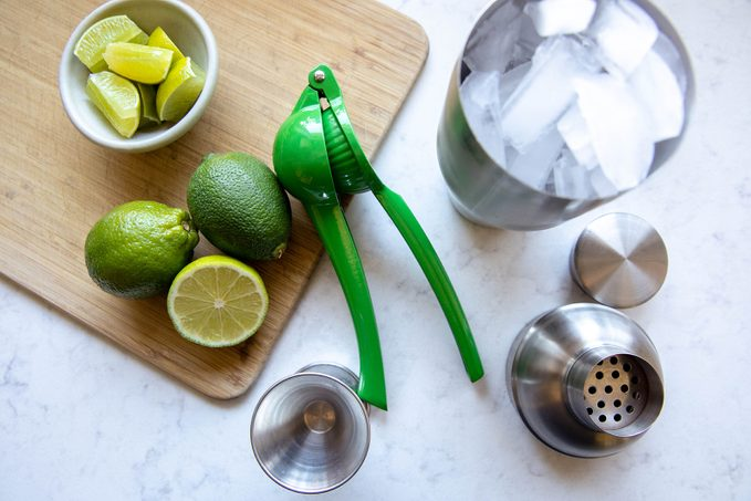 tools how to make a margarita