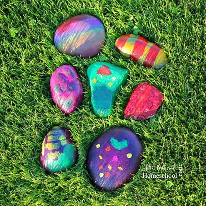 painted rocks Father's Day projects for preschoolers