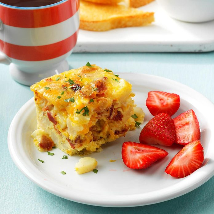 Bacon Breakfast Casserole Exps Sdjj19 123785 E02 08 7b 2