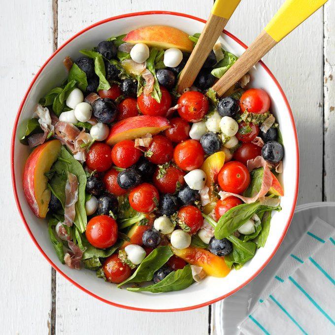 Red White And Blue Summer Salad  Exps Sdjj19 233539 B02 05 3b 2